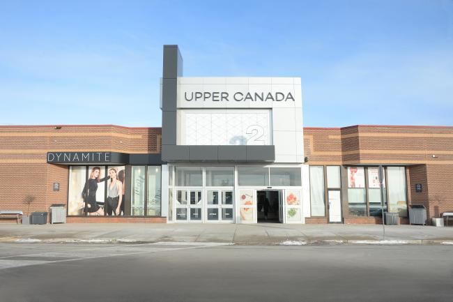 免接触卫生间——Upper Canada Mall 体验的重要组成部分