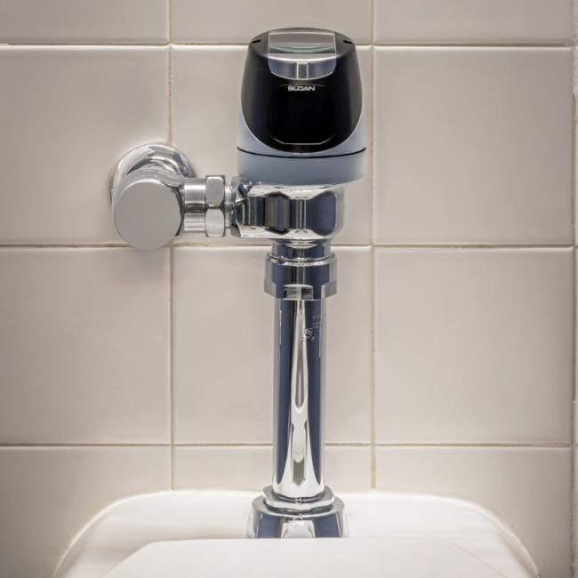 Solis Flushometer and Urinal
