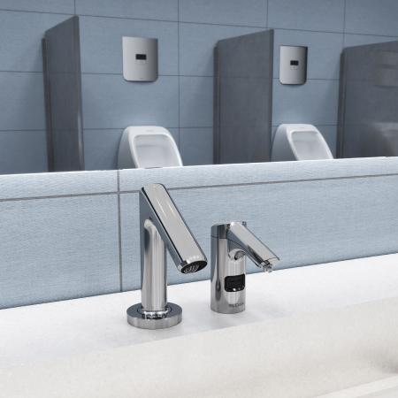 感应式水龙头和皂液器特写图
